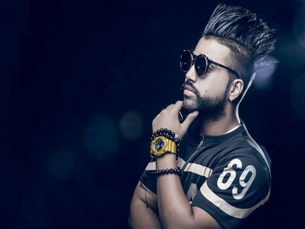 Check Out Pop Star Sukhes Hairstyle Get Ready For The Desi Hunky